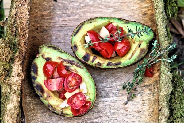 gegrillte-avocado-superfood