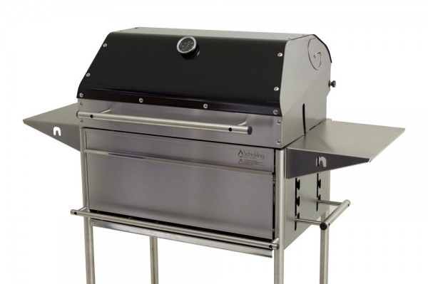 Grilldeckel-hoch-fuer-Holzkohlegrill-1