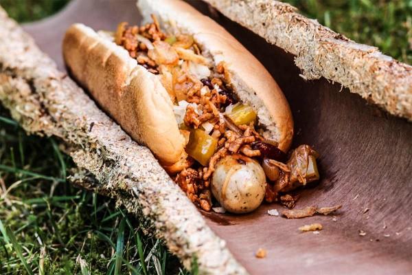 Chilli-Dog-Hotdog-vom-Schickling-Grill