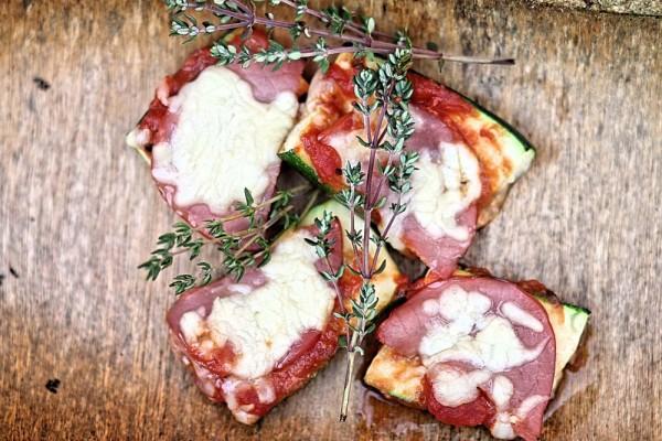 zuccinipizza-vom-grill-1